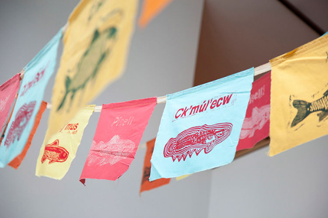 Fish Prayer Flags, Calendario